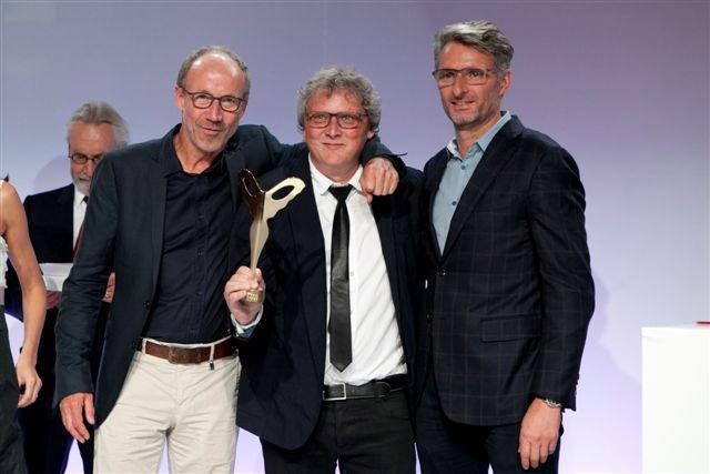 Lindberg avec la monture « Lindberg Precious Horn» catégorie Monture Innovation Technologique