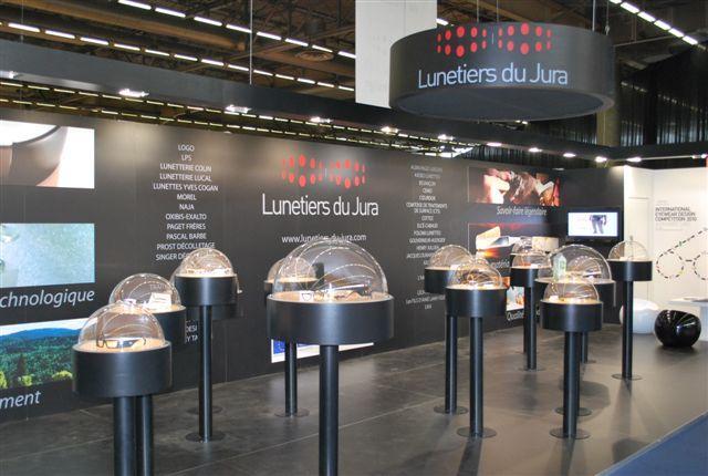 Le stand des Lunetiers du Jura