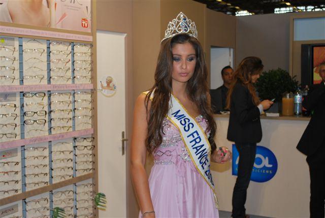 Miss France 2010 en visite sur le Silmo