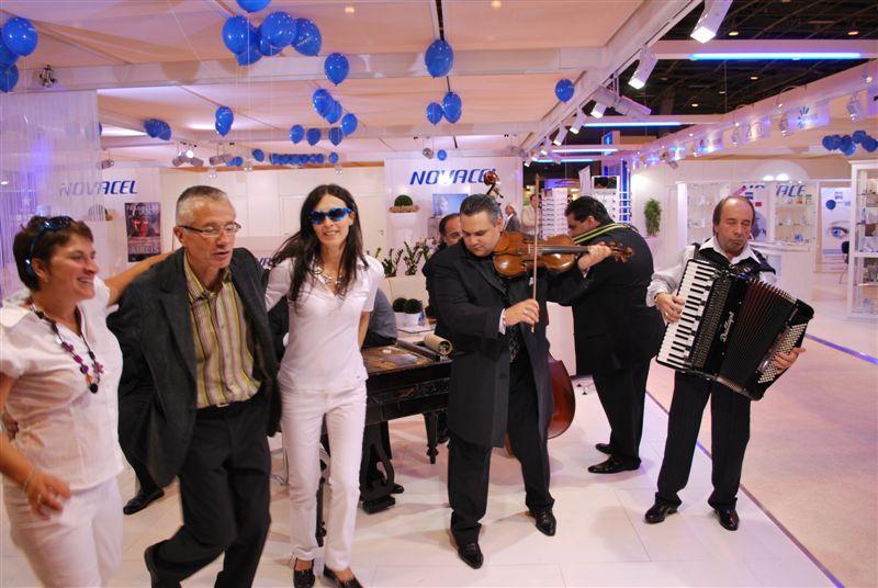 Ambiance musicale chez Novacel