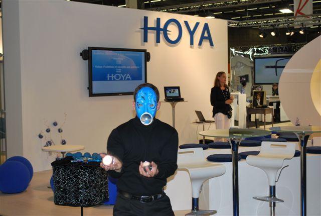 Animation sur le stand d'Hoya
