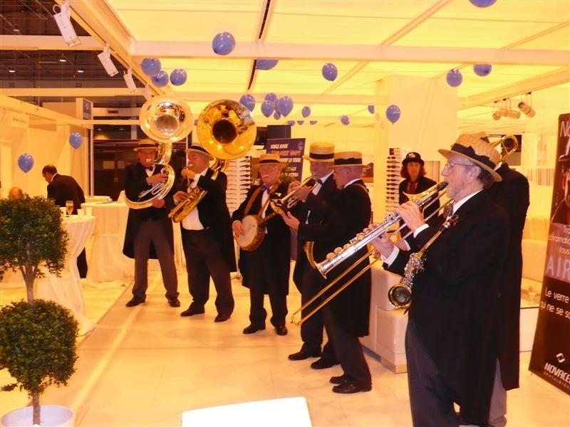Chaque soir, Novacel offre un mini concert de Jazz