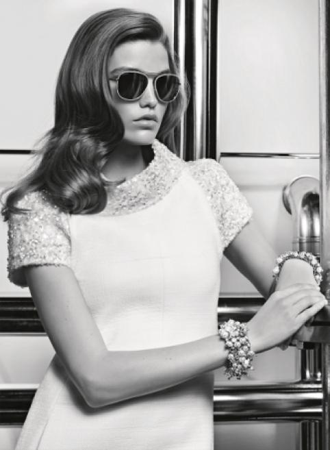 Le mannequin Luna Bijl nouvelle égérie des lunettes Chanel   Acuité 2b03efebf215