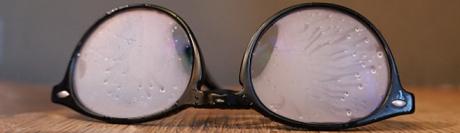 Buée sur les lunettes © iStockphoto