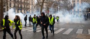 «Gilets jaunes» : face aux blessures oculaires, Agnès Buzyn va recevoir la Société française d'ophtalmologie