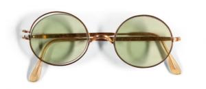 Les fameuses lunettes de John Lennon vont être vendues aux enchères