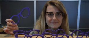 « Meg Eyewear » : A 23 ans, cette jeune opticienne lance sa première collection Made in France