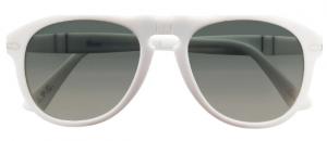 Modèle blanc avec des verres gris