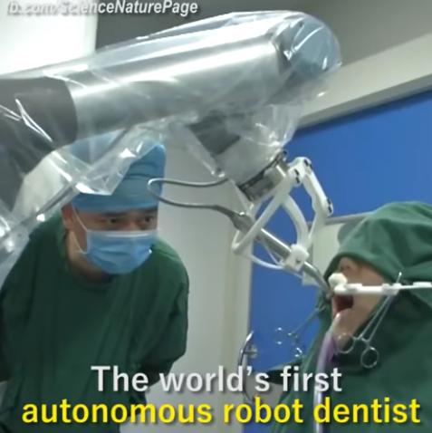 yomi_robot_dentiste.png